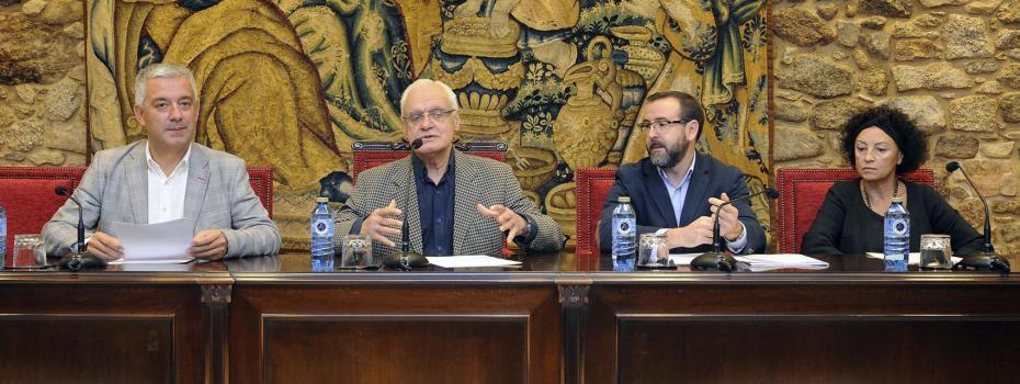 O secretario xeral de Política Lingüística e o presidente da RAG presentaron en rolda de prensa a segunda edición